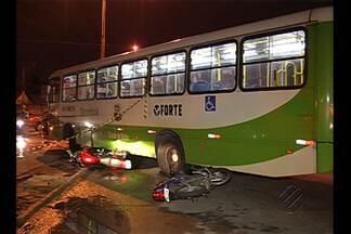 Morre jovem vítima de acidente entre ônibus e motos, em Belém - Alanny Palheta ficou gravemente ferida e faleceu na madrugada de sexta (22). Motorista de ônibus fez retorno irregular e causou acidente.