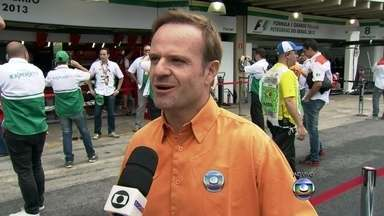 Rubens Barrichello comenta sobre primeiro dia de treino da F1 em Interlagos - Brasileiro fala sobre os testes feitos pelos pilotos antes da corrida
