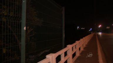 Motoristas reclamam de assaltos frequentes na Ponte do Rio Cocó - Polícia diz que vai reforçar a segurança no local.