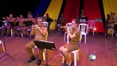 Cine-Theatro Central em Juiz de Fora recebe apresentação de músicas de Natal - Bandas do 22º Batalhão de Polícia Militar de Juiz de Fora e do 21º de Ubá são as atrações da noite desta sexta-feira (22).