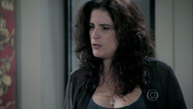 Mariah descobre que Aline provocou a separação de Paloma - A ex-bailarina também teme pelo plano contra César