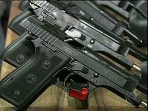 Guardas Municipais de Sarandi vão usar armas de fogo - Eles vão fazer um curso com a Polícia Militar para aprender a usar o equipamento