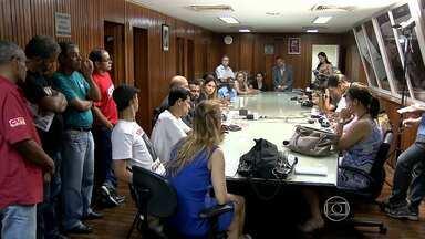 Sindicalistas pedem CPI sobre caso do helicóptero da família do deputado Gustavo Perrella - Grupo foi até a Assembleia Legislativa de Minas Gerais nesta quinta-feira. Veículo de deputado foi apreendido com cocaína no Espírito Santo.
