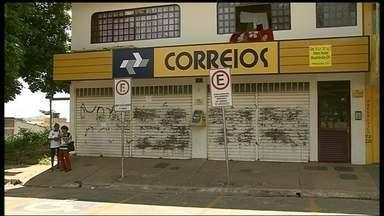 Agência dos Correios e banco são assaltados em Brazlândia - Uma agência dos Correios e um banco foram assaltados em Brazlândia.