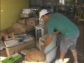 Campanha em São Miguel do Iguaçu está arrecadando lixo eletrônico - Computadores, monitores e outros equipamentos que não tem mais utilidade vão ganhar um destino correto.