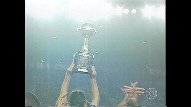 Relembro bicampeonato da Libertadores do Cruzeiro de 1997 - Globo Esporte mostra como foi a campanha do título continental da América-MG