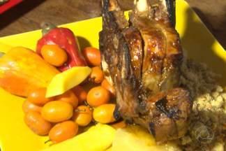Chef JPB: aprenda fazer uma deliciosa receita regional para o natal - Receita mistura carré com frutas regionais.