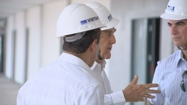 Arena da Amazônia ainda promove visitação no canteiro de obras - O estádio receberá jogos da Copa do Mundo em 2014.