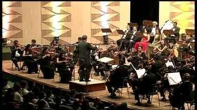 Orquestra Sinfônica de Brasília encerra temporada de apresentações com Bethoven - A 9ª Sinfonia de Bethoven foi a obra escolhida para encerrar a última temporada de apresentações da Orquestra Sinfônica em 2013. A casa ficou cheia.