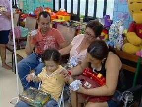 Voluntários levam doações e carinho para idosos e crianças em Teresina - Voluntários levam doações e carinho para idosos e crianças em Teresina