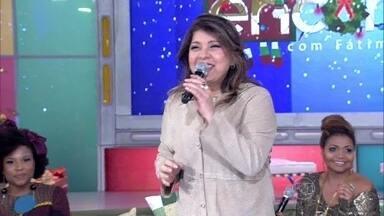 Roberta Miranda canta 'Natal das Crianças' - A cantora participa do CD 'Natal da Família'