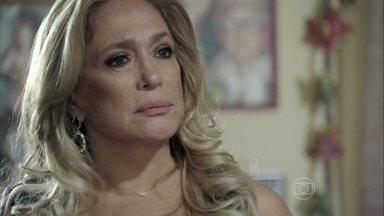 Pilar chama Félix para voltar a morar com ela - Ela fica impressionada ao descobrir que o filho está cuidando de Marijeyne e confronta Márcia