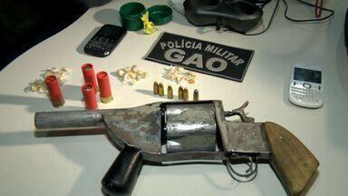 Arma de fabricação caseira é apreendida pela polícia em operação, no ES - A arma foi apreendida no bairro Bela Vista, em Vitória.