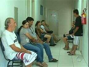 Pacientes de Umuarama precisam de paciência para conseguir consultas com especialistas - Pacientes reclamam que falta médicos especialistas em Umuarama. Pra conseguir uma consulta tem que ter paciência.