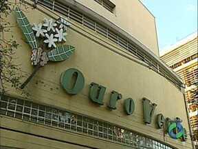 Teatro Ouro Verde deve ser reinaugurado até julho de 2015 - A ordem de serviço para o início das obras foi assinada pelo governador Beto Richa nesta quinta-feira(16).