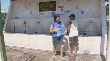 População reclama de piora no abastecimento de água em Sumaré, SP - Moradores da cidade reclamam que o abastecimento de água que já enfrentava problema piorou, a falta de pressão e vazamentos impedem que a água chegue a alguns bairros.