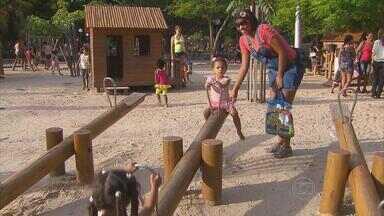 Parques ficam mais cheios em tempo de férias - Espaço no bairro de Casa Amarela organiza brincadeiras de antigamente durante a colônia de férias.