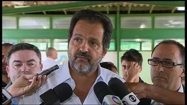 Agnelo Queiroz diz que não há Operação Tartaruga na PM do DF - O governador afirmou que a polícia está trabalhando para acabar com a onda de assaltos pelo DF. Ele disse que há grupos com atuação política dentro da PM.