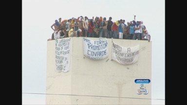 Presos do Urso Branco, em RO, são transferidos após greve de fome - Detentos se recusaram a receber alimentação nesta segunda, 20.Sindicato dos Agentes Penitenciários diz estar em alerta quanto à segurança.