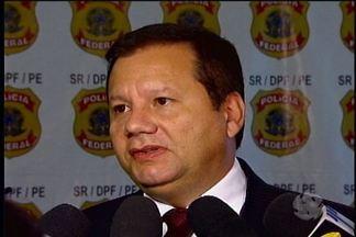 Polícia Federal investiga fraude no INSS em Olinda - Uma funcionária da previdência é suspeita de participar de quadrilha que desviava dinheiro do INSS