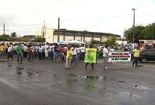 Agentes de controle de endemias fazem protesto nas ruas da capital sergipana - Agentes de controle de endemias fazem protesto nas ruas da capital sergipana