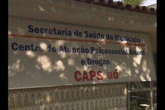 Família vive drama social sem ter onde internar parente na Paraíba - Uma família de Campina Grande não sabe o que fazer com um filho que é viciado em drogas