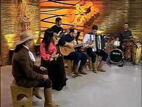 Reveja a participação de Shana Müller no Galpão Crioulo - Ela esteve no programa como convidada lançando um disco.