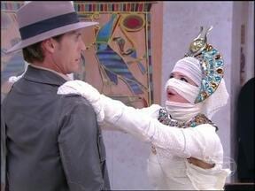 Tutancamônica despertou e quer um marido! - Será que a princesa egípcia vai conseguir um homem?