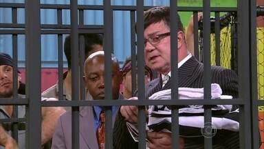 Deu ruim! Deputado é preso no Divertics - Ele conhece celas executivas da cadeira