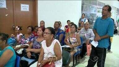 Defesa Civil da Serra, no ES, visita casas atingidas pela chuva para liberar auxílio - Só depois da visita é que a ajuda de R$ 1,5 mil da prefeitura vai ser liberada para as famílias que solicitaram o benefício.