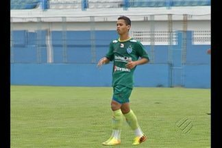 Yago Pikachu volta a treinar no Paysandu - Após vitória contra o Remo e arrependimento do lateral, jogador volta aos treinos.