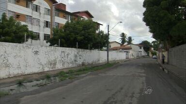 Messejana tem uma das piores cobertura da rede de esgoto de Fortaleza - Moradores reclamam da situação no bairro.