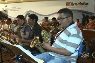Escola de música do Maranhão vai completar 40 anos em maio - Como parte das comemorações de aniversário, alunos que estão terminando o curso montaram uma banda para um concerto de formatura.