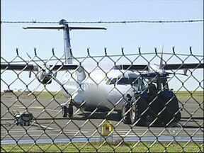 MPF proíbe a cobrança para transporte de cadeiras de rodas em aviões - O Ministério Público Federal proibiu as companhias aéreas de cobrar pelo transporte de cadeiras de rodas. Antes da decisão, essa era a situação enfrentada pelos cadeirantes.