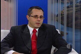 Acidentes de trânsito na Região do Alto Tietê têm repercussão nacional - Os acidentes envolviam o álcool e a direção. O delegado Daniel Miragaia comenta sobre o alcoolismo no trânsito.
