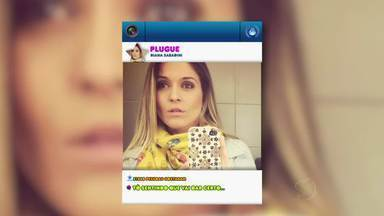 """Jovens de Volta Redonda, RJ, contam o que acham de fotos 'Selfie' - O termo vem da expressão em inglês """"Self-Portrait Photograph"""". É o autorretrato ou simplesmente aquele jeito de tirar foto de si mesmo com o braço esticado."""