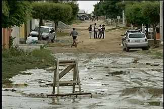 Chuva causa transtornos em Petrolina - A chuva caiu no último sábado (22) e provocou queda de energia.