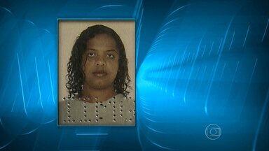 Mulher é encontrada morta e com sinais de violência sexual em Betim - Flaviane Eduardo, de 33 anos, saiu de uma festa na madrugada de domingo e foi embora sozinha, segundo uma amiga. Polícia ainda não identificou suspeito.
