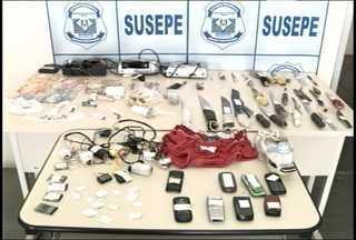 Penitenciária Estadual de Santa Maria, RS, passa por revista na manhã desta segunda-feira - Durante a operação, os agentes encontraram drogas, telefones móveis e facas artesanais.
