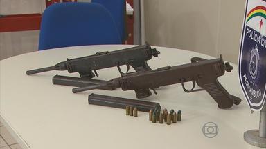Homem é preso com duas metralhadoras e munições no Grande Recife - De acordo com as investigações, as armas seriam vendidas para um traficante da Zona Sul do Recife e usadas em assaltos a bancos.