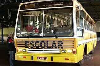 Motoristas do transporte escolar reclamam de prazo para renovar frota em Mineiros - Uma normativa do Detran diz que os veículos de transporte escolar não podem ter mais que dez anos de fabricação.