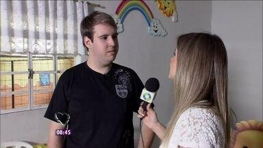 Produtor de festas infantis é tão chato que irrita as crianças - A repórter Daiane Fardin foi conhecer a história do Felipe Carvalho