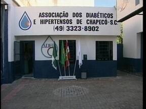 Espaço saúde da Associação de diabéticos e hipertensos é inaugurado - Espaço saúde da Associação de diabéticos e hipertensos de Chapecó é inaugurado