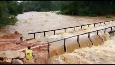 Chuva deixa Pará em alerta - Dois rios que cruzam o estado estão acima do nível normal. Mais de 50 municípios estão em estado de atenção, quatro decretaram emergência.