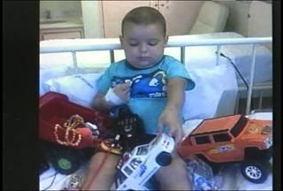 Familía busca doador de medula óssea para o filho de três anos em Santa Maria, RS - Para muitas pessoas em tratamento o transplante de medula óssea é única esperança de vida. E a chance de alguém ser compatível é muito pequena.