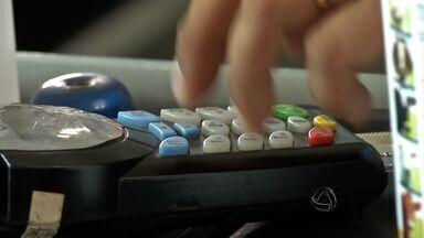 Empresas que não utilizam a máquina de cartão de crédito - Algumas empresas deixaram de utilizar a máquina de cartão de crédito.