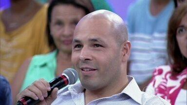 Conheça técnica de micropigmentação que disfarça calvície - Jonas fez a fala sobre o assunto