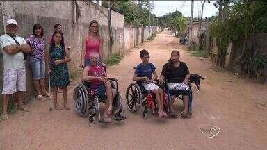 Moradores de Jardim de Alah, Cariacica, ES, pedem asfaltamento de ruas - Prefeitura prometeu executar o serviço.