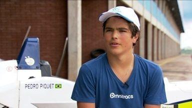 Conheça Pedro Piquet: mais um herdeiro de Nelson nas pistas com apenas 15 anos de idade - Filho do tricampeão de Fórmula 1 estreia neste ano de 2014 na Fórmula 3 brasileira.