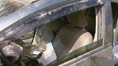 Taxista morre após ser baleado nas costas dentro do carro em Rio Claro, SP - Taxista morre após ser baleado nas costas dentro do carro em Rio Claro, SP.